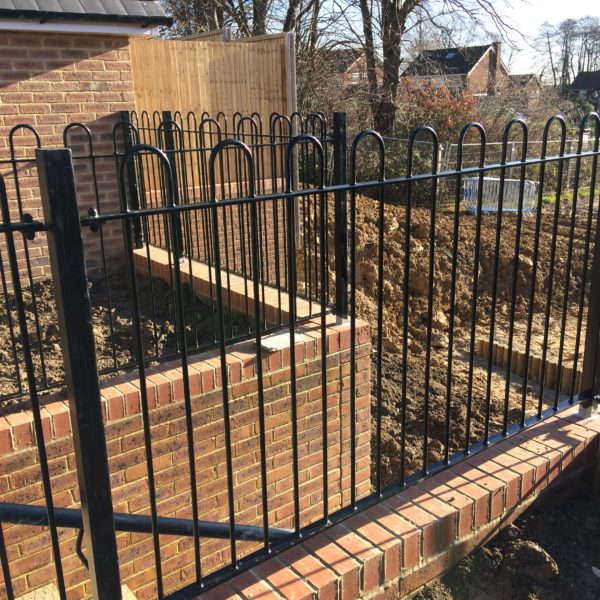 C&R Steel Fabrications - Gates and Railings